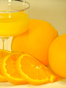 vitamin c content of fruit juices